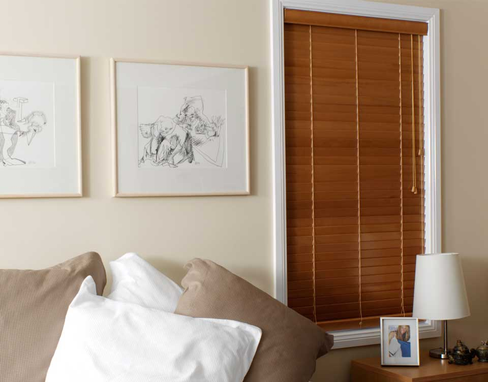 how to clean timber venetian blinds